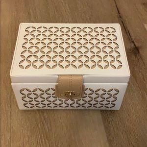 Wolf Chloe Small Jewelry Box